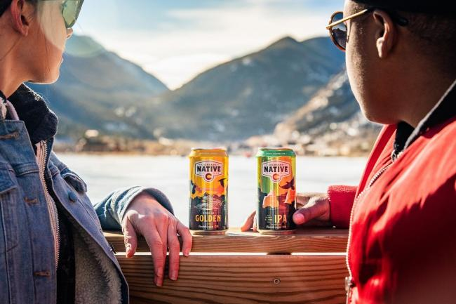 ❄️ ☀️ ❄️ ☀️ ❄️ ☀️ Colorado we understand you and ❤️ the chaos that each new day of weather brings to our lives. Which is why we always have our 🕶 patio ready. Cheers🍻 . . #coloradonative #coloradonativebeer #onlysoldincolorado #100percentcoloradoingredients #coloradosun #coloradoweather #coloradoweatheriscrazy #sunshineandmountainair #coloradolove #coloradolife